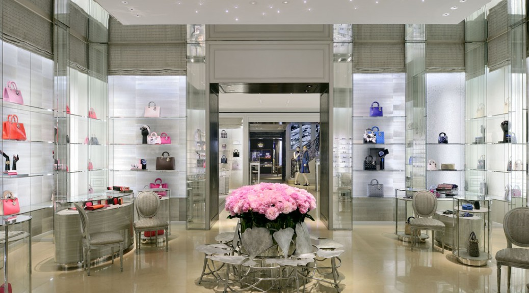 Opinion Chicago Ready To Rise In Luxury Fashion Medill