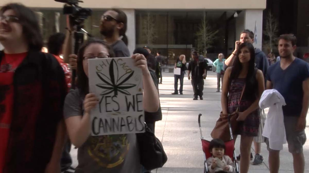 Demonstrators rallied for the decriminalization of marijuana at the Global Cannabis March. (Isabella Szabolcs/Medill)