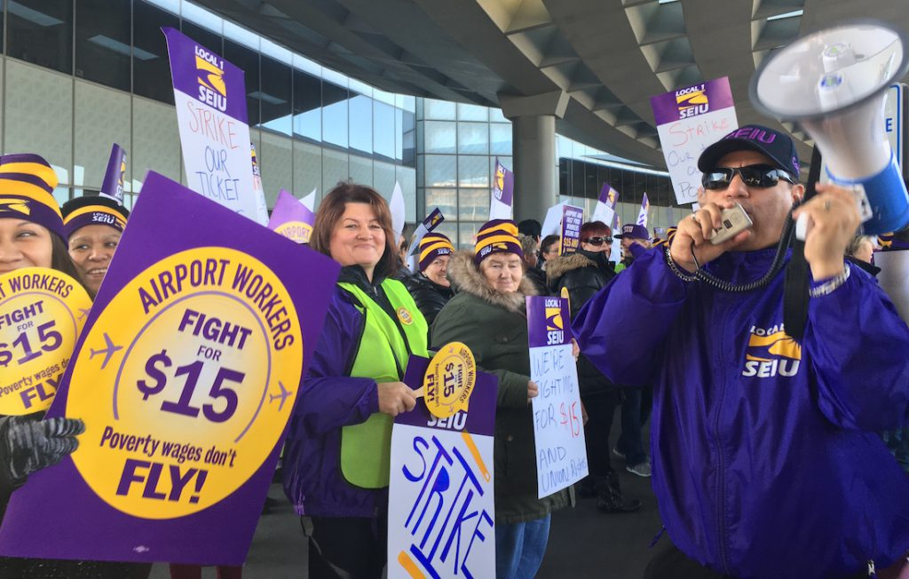 O'Hare workers join the Fight for $15.
